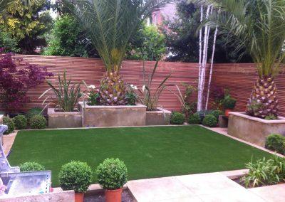 artificial-grass-for-back-gardens_026