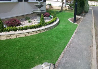 artificial-grass-for-front-gardens_009